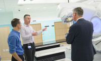 New radiotherapy machine in Leeds St James's Hospital